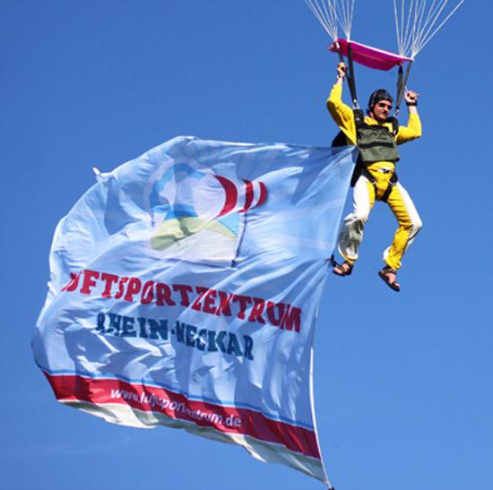 Flugtage 2010 - Bannersprung